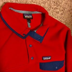 NWOT Patagonia Synchilla red chest pocket small